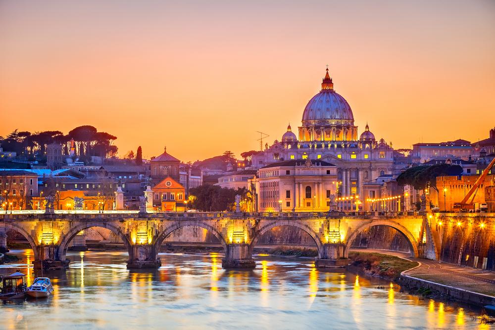 Roma rinuncia all\'aumento della tassa di soggiorno ...