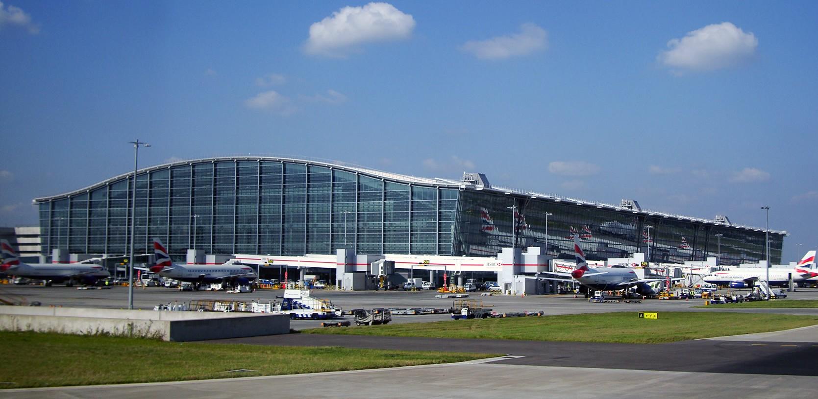 Heathrow aeroporto by wikipedia