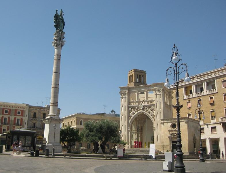 Piazza Sant'Oronzo a Lecce
