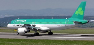 Aer Lingus, photo by Arpingstone on wikipedia.org