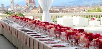 Toscana e Firenze capitali del wedding: nella foto, un allestimento a Villa La Vedetta