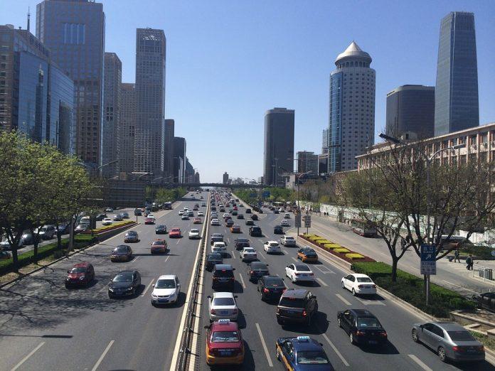 Apple investe 1 miliardo di dollari in Didi Chuxing, la rivale di Uber in Cina