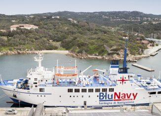 nave-ichnusa-blu-navy