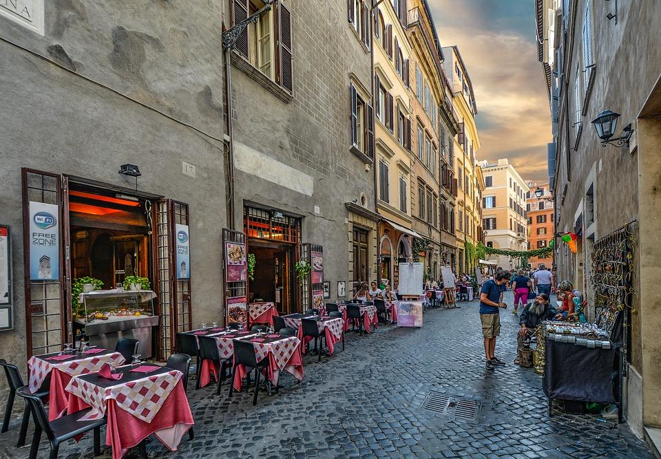 Roma, le Ota riscuoteranno la tassa di soggiorno per gli ...