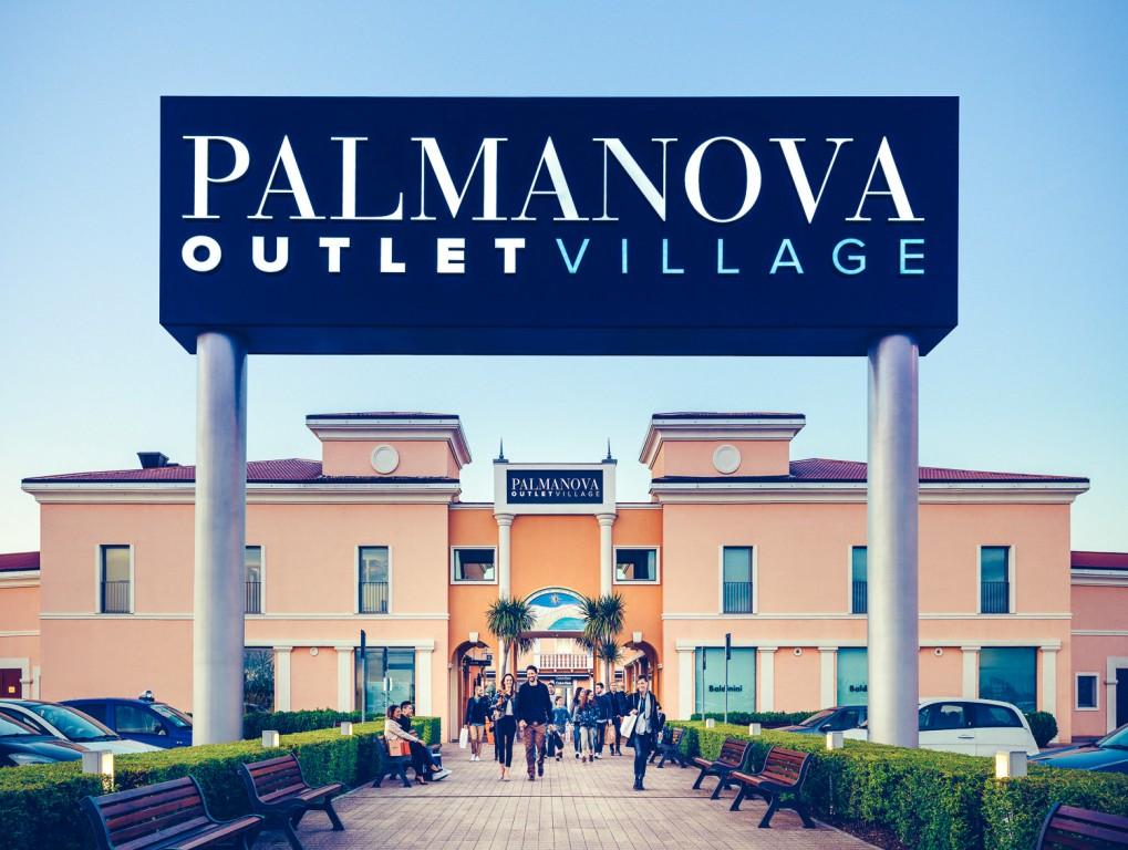 Shuttle gratuito per Palmanova Outlet Village - Webitmag ...